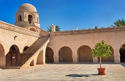 Civitavecchia nach Tunis
